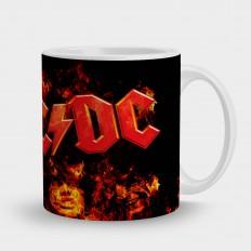 AC/DCлого на черном фоне